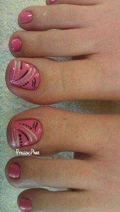 Pedicure, Toe Nail Art: Pink and abstract Decoration by flora Toenail Art Designs, Pedicure Designs, Pedicure Nail Art, Toe Nail Designs, Toe Nail Art, Pedicure Colors, Pedicure Ideas, Nails Design, Pretty Toe Nails