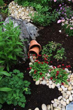 Inspirasjon – Min Oase Outdoor Gardens, Scenery, Planters, Gardening, Bed, Landscape, Stream Bed, Lawn And Garden, Plant