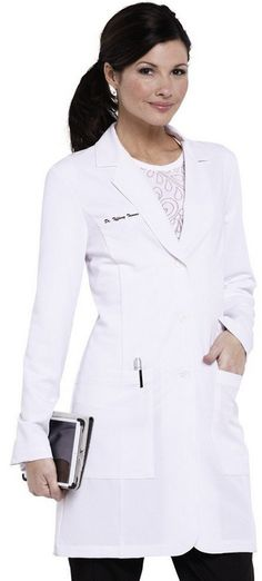 How do you make a lab coat flattering? Add stretch with this Grey's Anatomy stretch lab coat. #GreysAnatomy