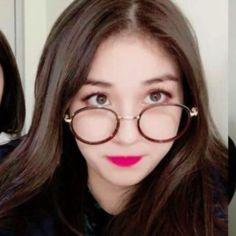Hoseok, Jeon Somi, Ulzzang Couple, Korean Girl Groups, Kpop Girls, Idol, Hello Dear, Twins, Peach