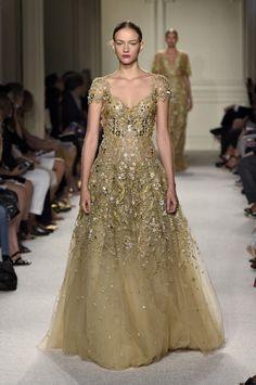 Marchesa Spring Summer 2016 Runway at New York Fashion Week 53f16d00ac