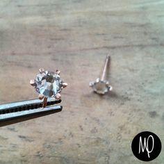Zarcillos cristales - Baño de oro #crystals #mini #studs #minimalistjewelry