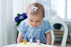 Princess Estelle celebrates her first birthday.