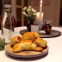 Mat til hverdags: Fylte horn med chorizo og cheddar