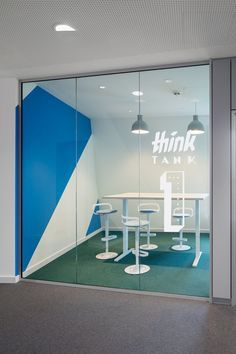 Monday Offices - Hamburg - Office Snapshots #office #officecafeteria http://www.ironageoffice.com/