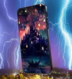 THe castle with the lightening bolts around it make it look like an epic micky case Cool Cases, Cool Iphone Cases, Cute Phone Cases, Tangled Castle, Tangled Rapunzel, Disney Tangled, Coque Iphone, Iphone 4, Disney Phone Cases
