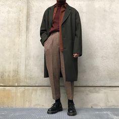 Official Korean Fashion: Korean Daily FashionKorean Daily Fashion - Official Korean FashionUrban men's fashion in trend.Urban men's fashion in trend. Fashion Casual, Minimal Fashion, Look Fashion, Casual Outfits, Fashion Outfits, Minimal Outfit, Fashion Fall, Fashion Apps, Fresh Outfits