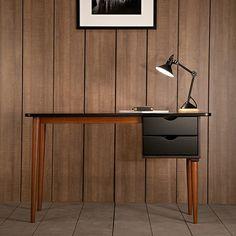 Biko Desk by Kann Design | MONOQI #bestofdesign