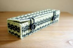 Plastic Canvas - Pencil Boxes