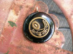 vintage button pendant necklace jewelry by Suddendeersighting, $18.00