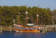 Spend a Day on #Roanoke Island--There's so much to see and do. From unique shopping and fine #restaurants, to historic sites and the scenic #waterfront, your Outer Banks vacation would not be complete without a trip to Roanoke Island.