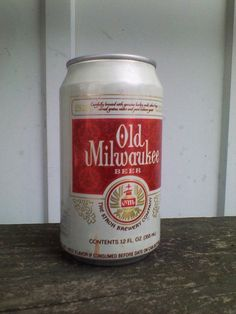 Old Milwaukee Beer Can Tab 12oz Aluminum Strohs Brewing Vintage 1990s Empty