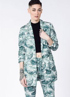 This palm print cotton blazer has a longline fit and classic menswear details. By Lucca x Wildfang. Wedding Crashers, Long Blazer, Playing Dress Up, Classic Looks, Black Tie, Fashion Forward, Cool Outfits, Kimono Top, My Style