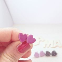 Borchie cuore fuxia laMariLovableThings.etsy.com Druzy Ring, Heart Ring, Stud Earrings, Etsy, Jewelry, Fimo, Jewellery Making, Ear Studs, Jewelery