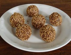Til and Dry Fruits Laddoo