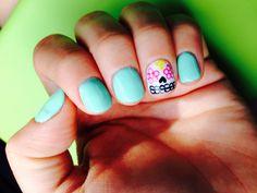 Sugar skull nails <3