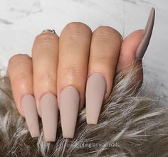 Coffin acrylic nails are especially fancy with plenty of nail designs for fantastic manicure types. In fact, we've found enough nail designs that you'll be set all year. Brown Acrylic Nails, Best Acrylic Nails, Brown Nails, Nude Nails, Matte Nails, Gel Nails, Nail Polish, Manicure E Pedicure, Pedicures