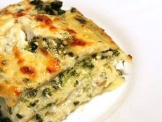 Spinach, Ricotta & Pesto Lasagna Recipe , Its turning colder outside, time for true comfort food! Lasagna Recipe With Ricotta, Pesto Lasagna, Ricotta Cheese Recipes, Spinach Ricotta, Mushroom Lasagna, Alfredo Lasagna, Lasagna Noodles, Spinach Alfredo, Cheese Lasagna