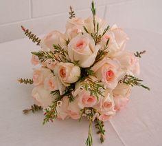 Arreglos florales para bodas, aniversarios, cumpleaños, eventos.