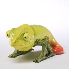 Banana Pepper Chameleon - Home Grown Figurine, Veggie Art, Fruit And Vegetable Carving, Home Grown Vegetables, Fruits And Veggies, Fruit Animals, Creative Food Art, Food Carving, Stuffed Banana Peppers, Food Fantasy