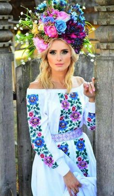 Ukrainian girls are the most beautiful in the world. You dream about one? Your girlfriend is Ukrainian? Read how to build a happy family with her! How to win a heart of Ukrainian girl? How to choose your sexy Ukraine Looking for your Ukraine girl? Ukraine Women, Ukraine Girls, Eslava, Ukrainian Dress, Floral Headdress, Ethno Style, Most Beautiful Women, Beautiful People, Folk Fashion
