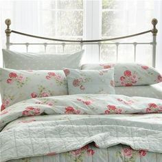 Add some fresh florals to your bedroom with our Antique Rose Bouquet print pillow case, it features a pretty pink rose motif on a duck egg background. Made from soft cotton, it is easy to care for and is soft on your skin, all essential to settle you down to a comfortable nights sleep.  Matching duvet cover also available.