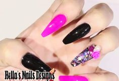 Uñas negro y rosa fushia