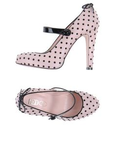 Pink polka dots I'm in LOVE!