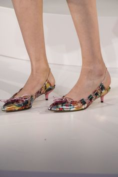 Charlotte Olympia at London Fashion Week Spring 2017 - Details Runway Photos Charlotte Olympia, London Spring, Walk In My Shoes, Heels Outfits, Wedding Heels, Fashion Heels, Womens High Heels, Kitten Heels, Pumps