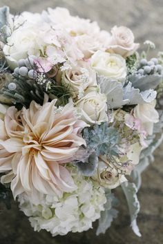 very nice winter floral color palette - blush and silver
