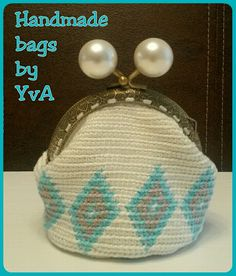 Coin purse by Handmade bags by YvA