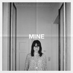 """Mit unserem neuen Remix für MINE """"Der Mond Lacht"""" seid Ihr bereit für den SOMMER <3  DOWNLOAD: www.facebook.com/VamosArtDecadenc…_220150904689418"""