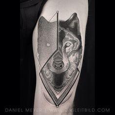 Wolf/Shadow on @topunknown www.dasleitbild.com // #wolftattoo #wolfhead #wolf #geometric #shadow #dotwork #leitbild #theinkedlife #tattoo2me #skindeepmagazine #inked #theartoftattooing #support_good_tattooing #tattoos_of_instagram #tattrx #tattooinkspiration #tattoofanatix #blackworkerssubmission #tattoodo #germantattooers