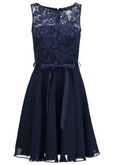 Auch das kleine Blaue kann entzücken. Swing Cocktailkleid / festliches Kleid - dunkelblau für 139,95 € (24.04.16) versandkostenfrei bei Zalando bestellen.
