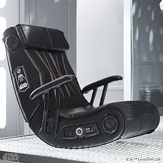 This Star Wars Darth Vader Gaming Chair is a lot like an all black version of the Stormtrooper Gaming Chair. Mixed Dining Chairs, Farmhouse Table Chairs, Outdoor Dining Chair Cushions, Dining Chair Slipcovers, Darth Vader, Star Wars Darth, Star Wars Film, Storm Troopers, Geeks