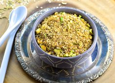 The egyptian condiment Dukkah is a savory blend of seeds, spices and nuts Dukkah Recipe, Bread Oil, Kosher Recipes, Kosher Food, Egyptian Food, Spice Mixes, Spice Blends, Spices And Herbs, Toasted Coconut
