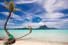 Bora Bora Photo by Roger Uceda Molera