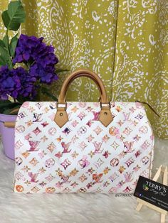 Louis Vuitton Speedy in Watercolor is such an eye-candy!