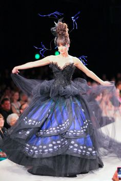 Luly Yang made a new Butterfly dress! \