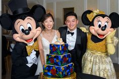 Jessica & Wenbo had some special help from Mickey & Minnie cutting their beautiful wedding cake at their Disney Wedding! Mad Hatter Wedding, Blackberry Cake, Disney Fine Art, Wedding Cake Prices, Beautiful Wedding Cakes, Tea Ceremony, Epcot, Reception, Blackberry Pie