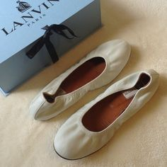 Lanvin flats Beautiful white Lanvin ballet flats! Worn once at my wedding (part 2)! Purchased at Barneys for $490! Still in perfect condition with no scratches or scuffs. Comes with original box and dust bags. Lanvin Shoes Flats & Loafers
