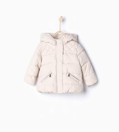 Zara Infant Girl Ecru Quilted Jacket with Hood Size 3 6 Months Toddler Girl Car Seat, Toddler Girl Style, Summer Coats, Baby Coat, Zara Kids, Fall Jackets, Pet Clothes, Quilted Jacket, Hooded Jacket
