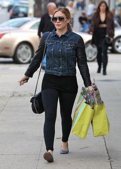 Hilary Duff - Hilary Duff Shops After Her Workout