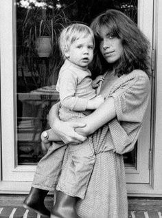 Carly Simon with son Ben Taylor All In The Family, Family Love, Carley Simon, Celebrity Kids, Mother Son, Music Icon, American Singers, Mom And Dad, Music Artists