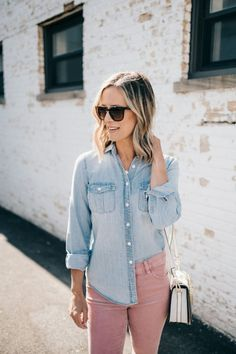A Spring Staple, A Chloe Dupe + The Half-Tuck | spring outfit idea women | what to wear | street style | casual style | mom style | chambray shirt | chloe dupe | loft | women's fashion | style blogger #style #fashion