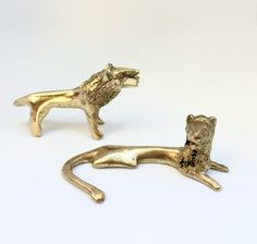 Beautifully Sculpted Handmade Bronze Statuettes of a Couple of Lion from Benin, Africa