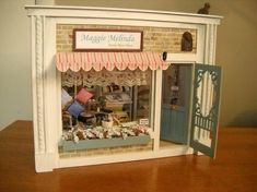 1:12 scale Old Store Stock White Window Shades w Tassel Shop Estate Sale