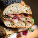 Du-te+să-mi+faci+un+sandwich.+Te+rog!