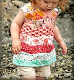 Tutorial: Little girl's Wellen Tank with pieced scalloped stripes · Sewing