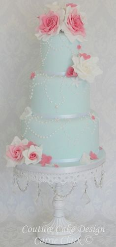Love the idea of a light blue cake instead of a white cake